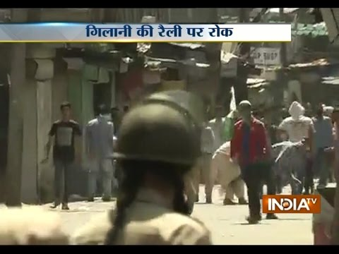 Clashes in Anantnag as Police Detain Kashmir Separatist Syed Ali Shah Geelani