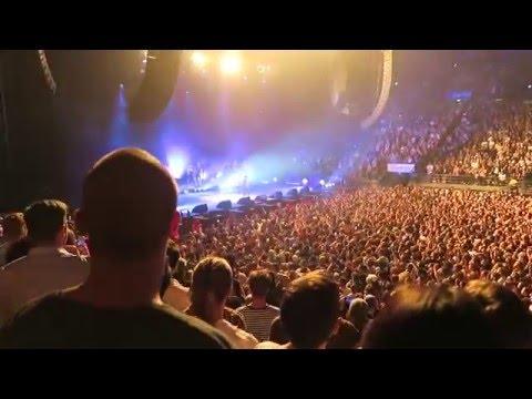 Kendrick Lamar Swimming Pools LIVE - Melbourne, Rod Laver arena 2016!