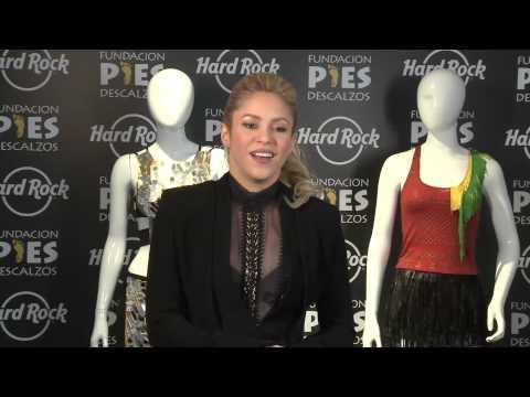 [facebook.com/shakiraineditos] | Entrevista a Shakira sobre subasta de sus vestuarios