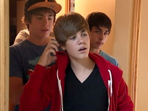 Justin Bieber - Never Say Never: Justin At Home, Justin's Talent Hd video
