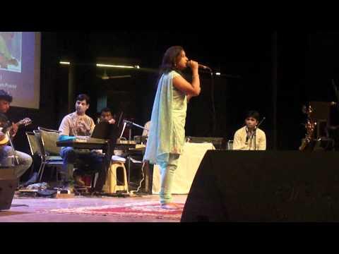AKHION KO REHNE DE--Bobby--Lata Mangeshkar--Sung By Priyanka...