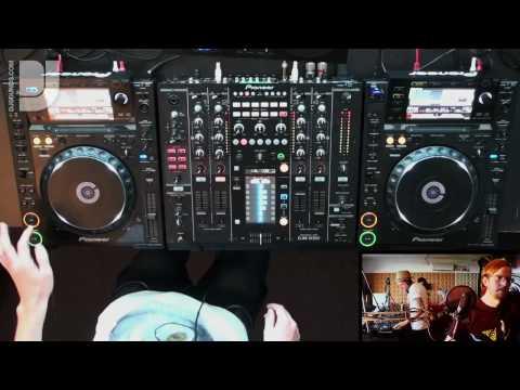 DJsounds Show 4 - Fergie