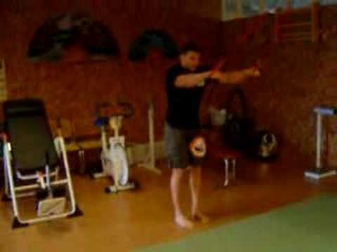 Bruno Carvalho`s core training for fighters