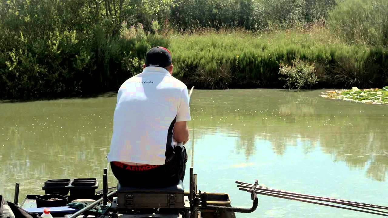 Fishing for Carp and Barbel on Snake Lakes   Fishing TV