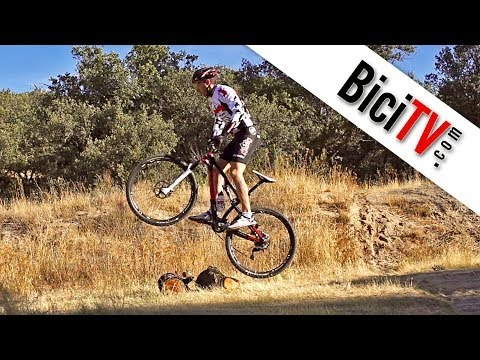 Saltar en bici o bunny hop. Curso conducción de bicicleta #1