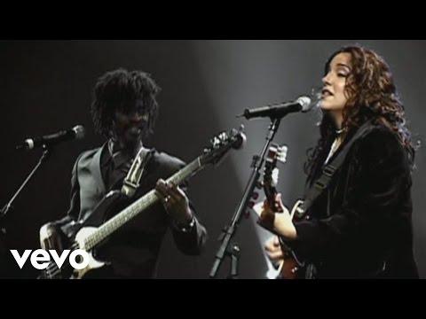 Ana Carolina - O Beat Da Beata feat. Seu Jorge (Live)
