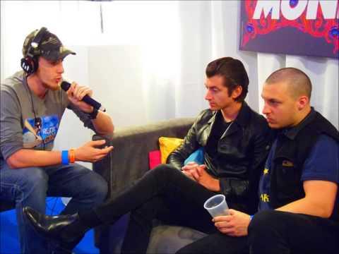 Arctic Monkeys - Interview on Metro 95.1 (2014)