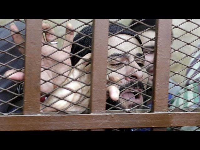 Суд в Египте оправдал геев, обвиняемых в разврате в бане. Поделиться с дру