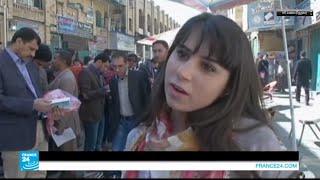 أول بائعة كتب في شارع المتنبي في بغداد