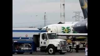Aeropostal MD-82 and Laser DC-9 @ SVVA