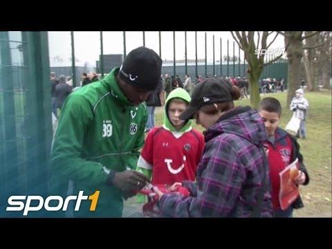 HSV lockt Diouf - Rummenigge legt nach | SPORT1 NEWS