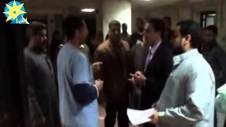 """بالفيديو: """"محافظ الشرقية"""" يفاجئ مستشفى ديرب نجم المركزي ليلا"""