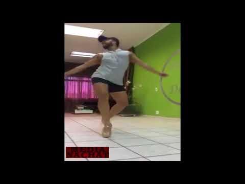 مخنث جنسي يرقص على الشعبي thumbnail