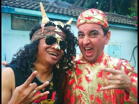 Bintang Tamu: Candil Vokalis Seurieus Band