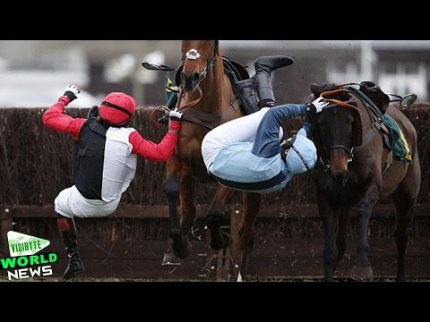 Victoria Pendleton Falls on Racecourse Jumps Debut at Fakenham
