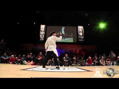 ISSUE vs LUSSY SKY (BREAKABLE 2013) WWW.BBOYWORLD.COM