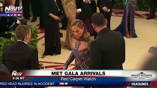 STAR COUPLE: Jennifer Lopez, A-Rod arrive at Met Gala (FNN)