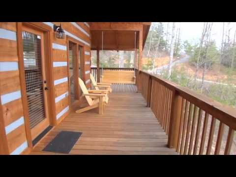 Moose Creek Crossing Cabin Rentals - Turning Leaf