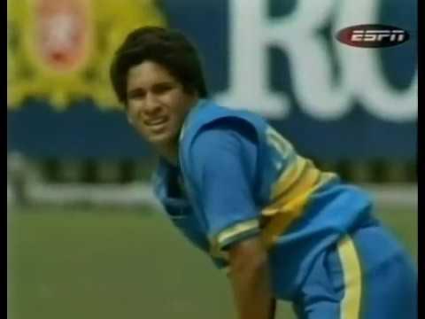 Sachin 1st Run In Odi video