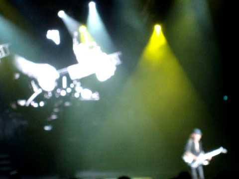 Scorpions Live in Toronto - Matthias Jabs solo
