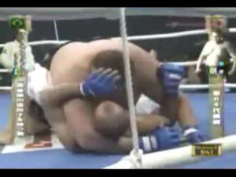 Royce Gracie vs Akebono Royce-gracie-vs-akebono
