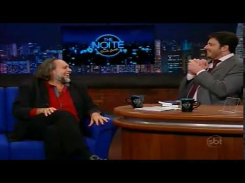 Caio Fábio é entrevistado no programa The Noite, com Danilo Gentili.   23/06/2014