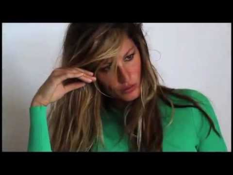 Gisele Bundchen Vogue UK December 2011 photoshoot with Mario Testino
