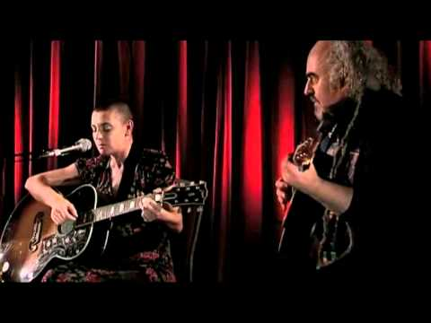Sinead Oconnor - The Glory of Jah