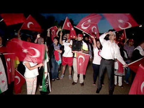 Зюганов: нестабильная Турция опасна для России