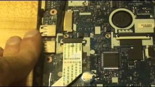 Disassembly Acer Aspire One D255E