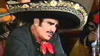 Watch Vicente Fernandez Aca Entre Nos video