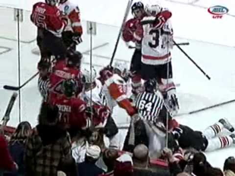 12-30-09 Adirondack Phantoms vs. Albany River Rats Scrum Video