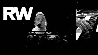 Robbie Williams  Swing Supreme live in Bratislava  LMEY Tour 2015