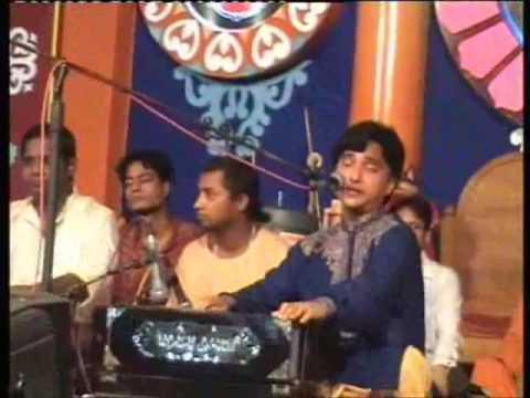Woh Kala Ek Basuri Wala_Bhajan by Sushanta Sinha at Ratha YatraDhaka...
