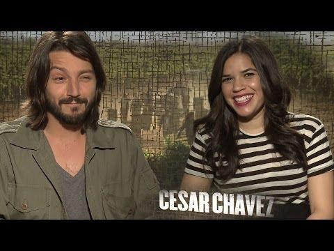 Diego Luna y America Ferrera Hablan Cezar Chavez, Latinos, y Futuro!