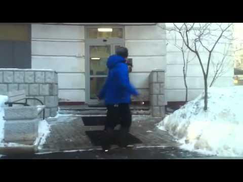 Армянский хоккеист зажигает в Москве 3