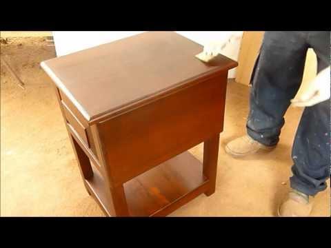 Restauracion estilo vintage o reparaci n completa de una for Pintar mueble barnizado