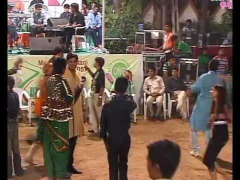 Gujarati Garba Song Navratri Live 2011 - Lions Club Kalol - Vikram Thakor - Mamta Soni Day-10 Part-7 video