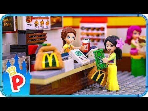 Download  ♥ LEGO Mulan Goes to McDonald's to Buy Food for Charity Gratis, download lagu terbaru