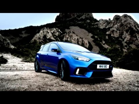 Ford's Focus RS and Honda's Civic Type R Go Head-to-Head