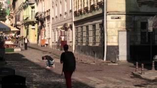 Տղամարդն ընկնում է փողոցում. կօգնե՞ն նրան ուկրաինացիները, թե ոչ. իսկ դու՞ք