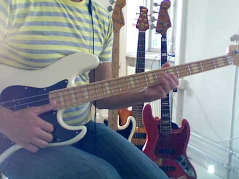 L123 Slap bass with cross-string hammerons