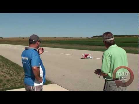 Flying the E-Flite Albatros D.Va 25e with John Redman at Eli Field