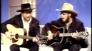 Download Lagu Nashville Now /w Waylon Jennings & Hank Jr. singing Mind Your Own Business & The Conversation Gratis STAFABAND