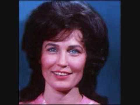 Loretta Lynn - Man I Hardly Know