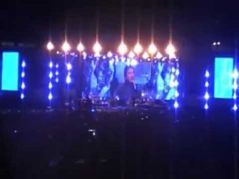 Fol2013, Worshipping Jesus With Sidney Mohede & Darlene Zschech At Gbk Stadium Jakarta - Jan.19 video