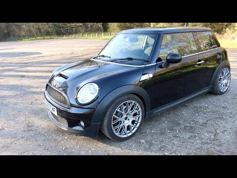 Mini Cooper S R56 Review - John Cooper Works Exhaust - PerformanceCars
