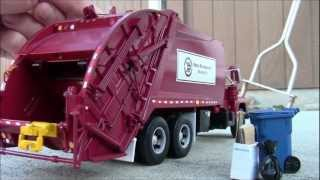 "First Gear 1:34 Scale Custom Garbage Truck - Mack ""R"" Series w/ McNeilus Rear-Load"