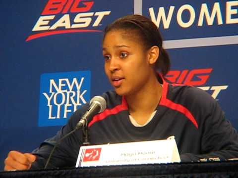 maya moore on winning 71 straight games Video