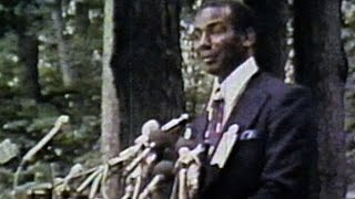 Ernie Banks is inducted into Baseball Hall of Fame